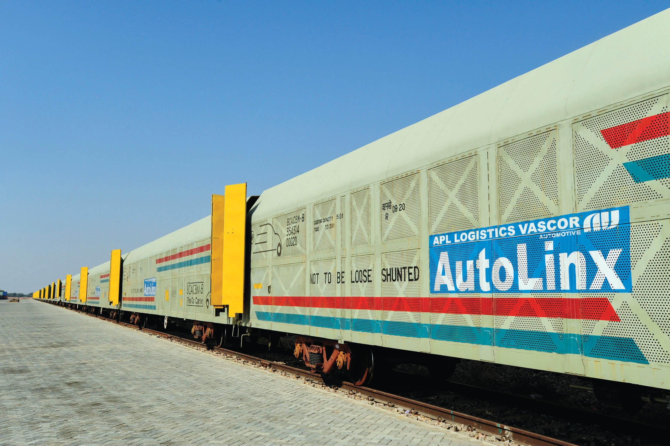"APL Logistics VASCOR Wins The Economic Times ""Rail Freight"